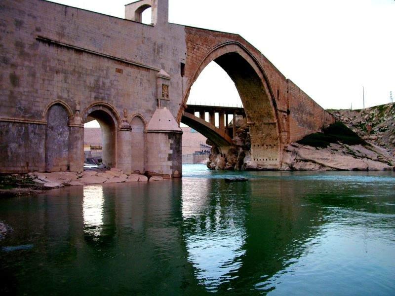 Diyarbakır Malabadi Köprüsü